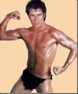 john_travolta_shirtless_01